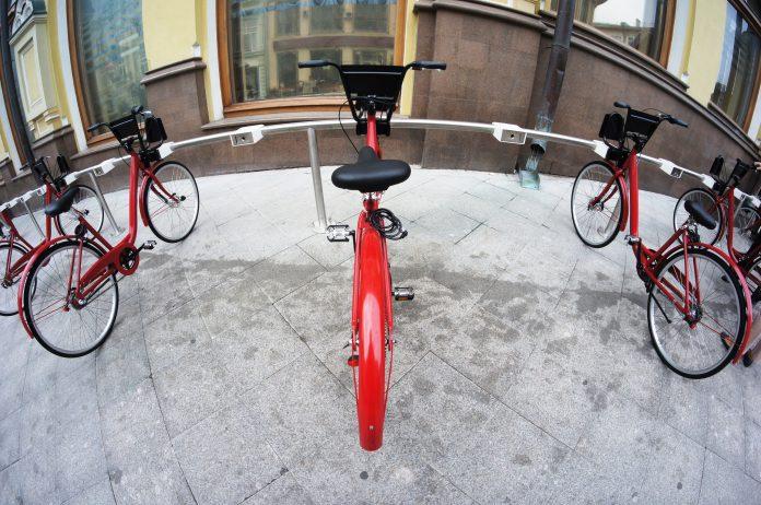 Sykkeltur i politisk landskap