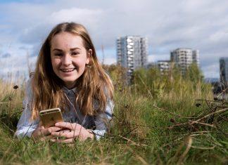 Dersom mor og far er raske med å signere, kan bestillingen av BankID for 13-åringer være gjort på noen få minutter!