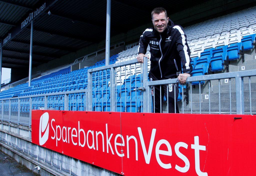 – Jeg tror at den kontinuiteten vi har hatt i laget, den henger mye sammen med den lokale forankringen, og med gode, lokale støttespillere som Sparebanken Vest, sier hovedtrener Eirik Horneland.