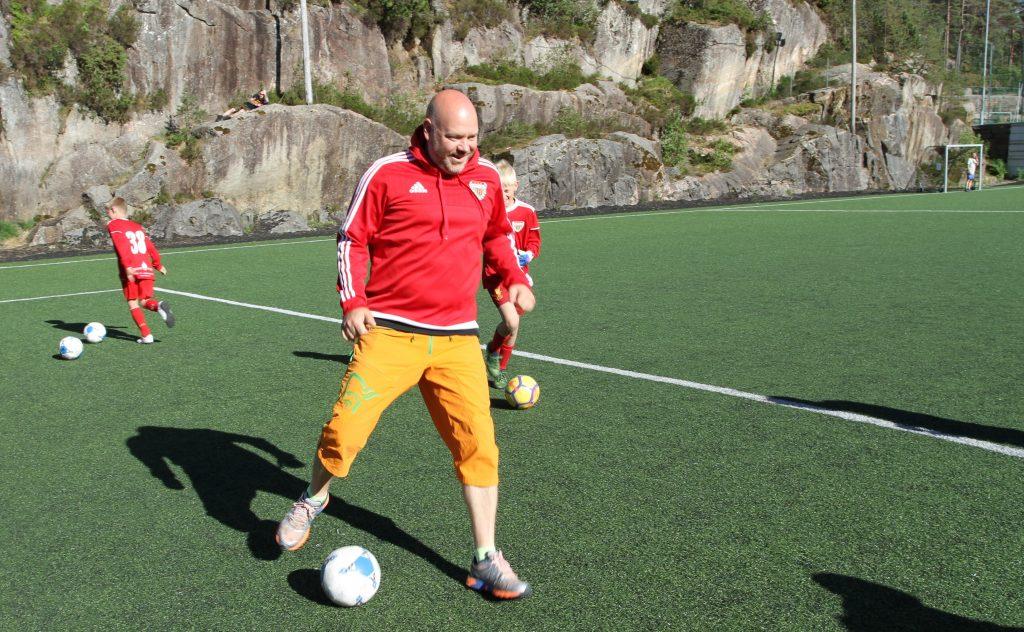 – Det er det sosiale som virkelig teller, og da gir Voss Cup perfekte rammer, sier trener Kristian Hammer Opdahl.