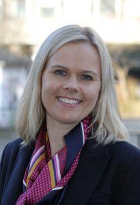 Bedriftsrådgiver Nina Stangeland i Sparebanken Vest setter pris på det gode samarbeidet med Connect Vest.