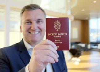 Frank Bjørndal med pass