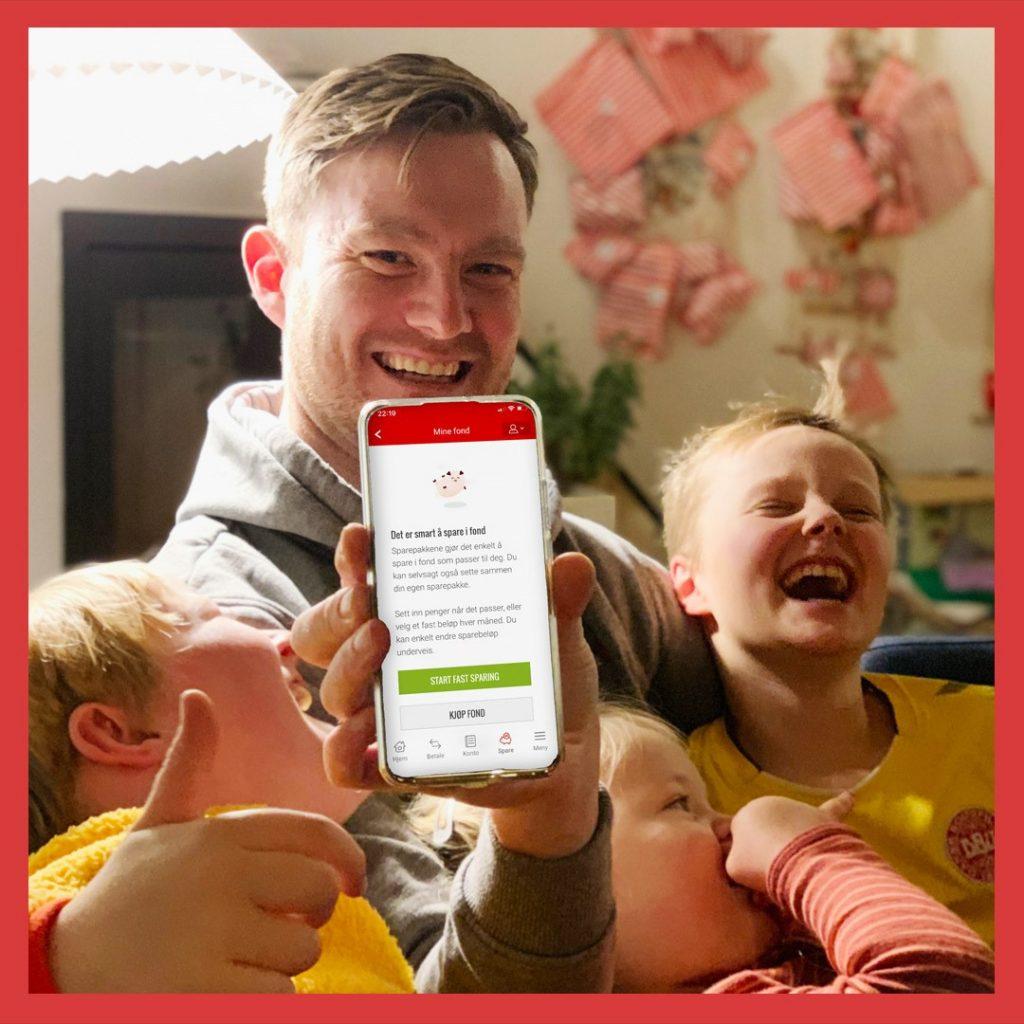 Familie som skal spare med Sparebanken Vest sin mobilbank